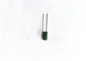 2J102J-630V涤纶电容