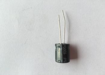 电解电容10